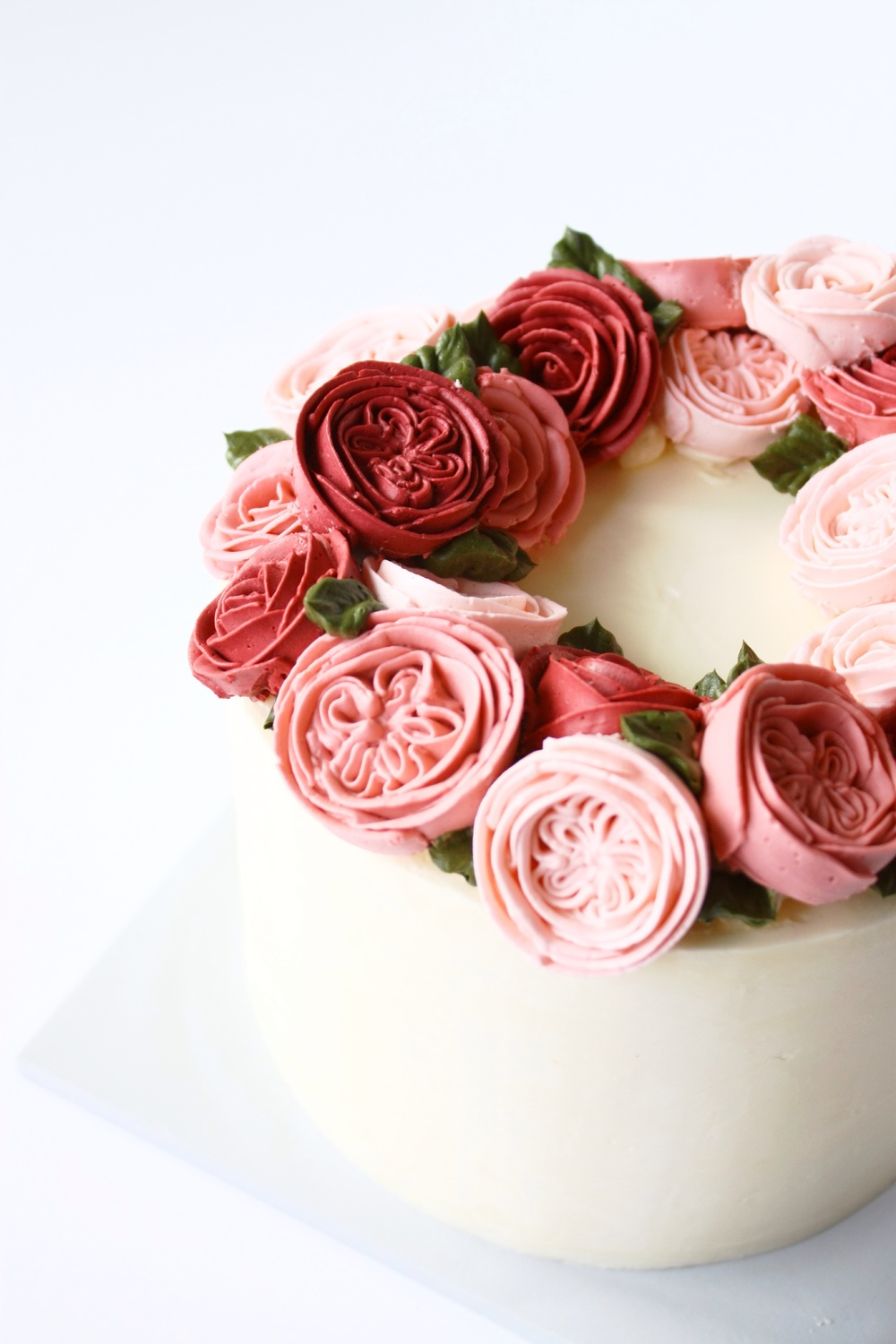 Buttercream english rose flower cake