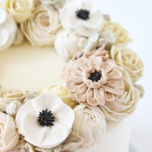Buttercream anemone rose flower cake