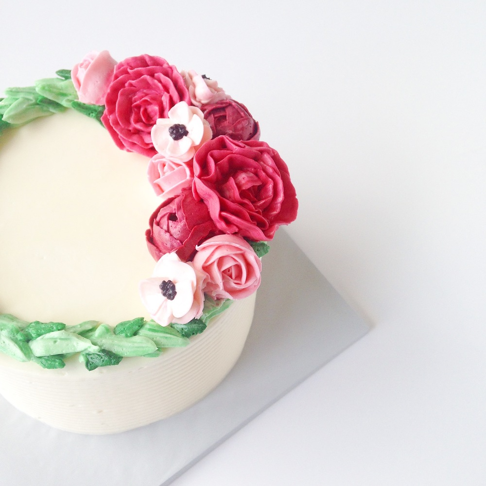 Buttercream flower cakes eat cake be merry custom cakes nynj buttercream rose anemone flower cake mightylinksfo