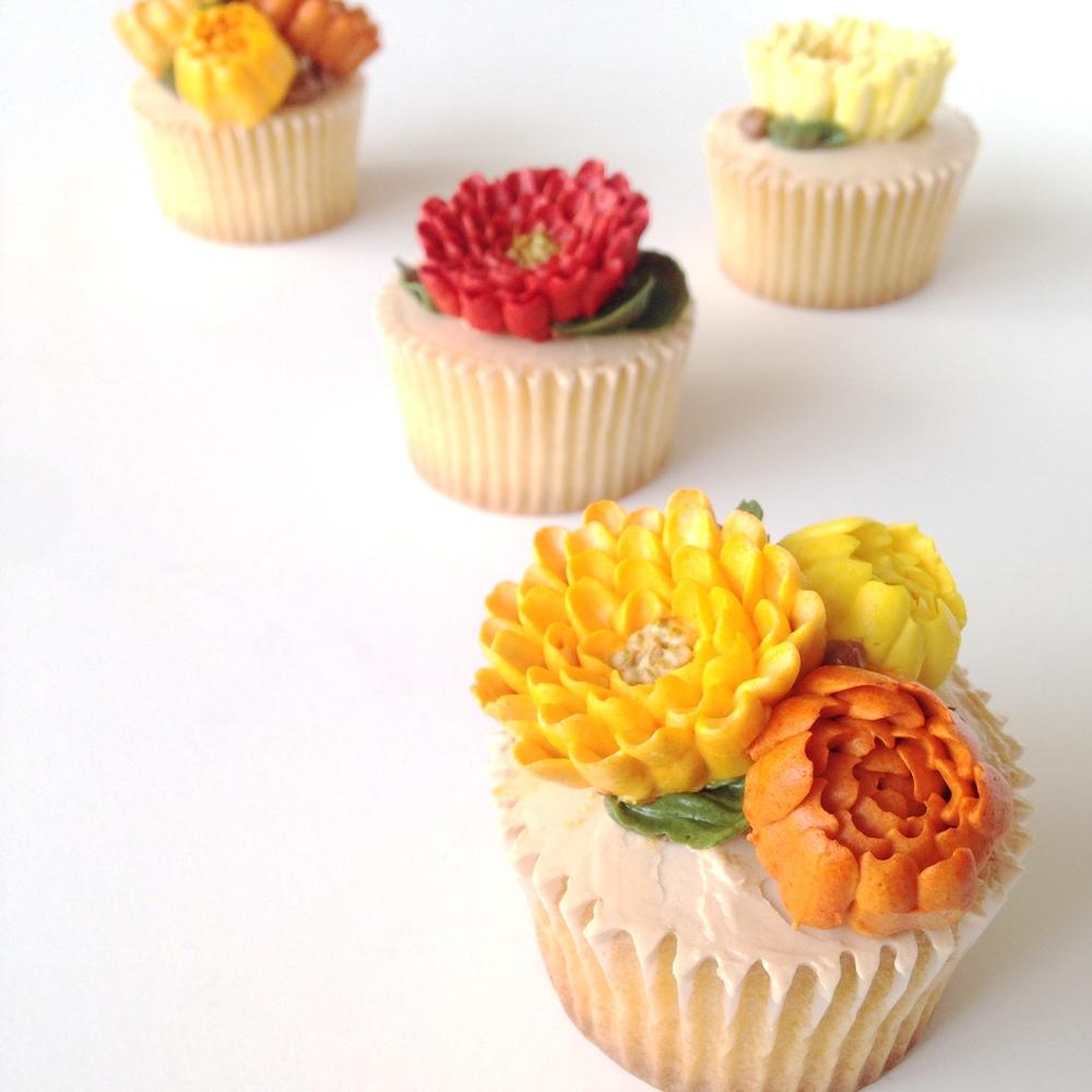 ECBM Chrysanthemum Cupcake Closeup.JPG