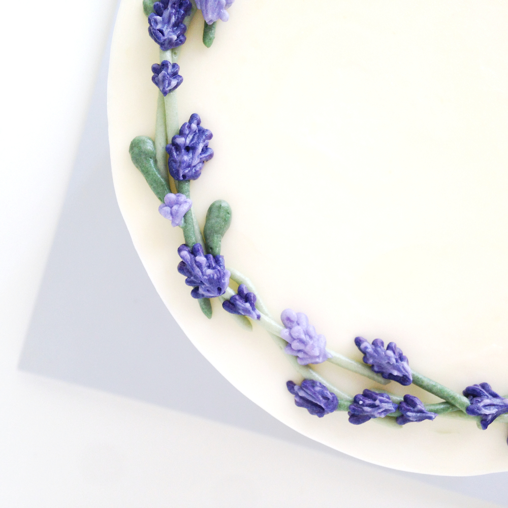 Buttercream lavender flower cake