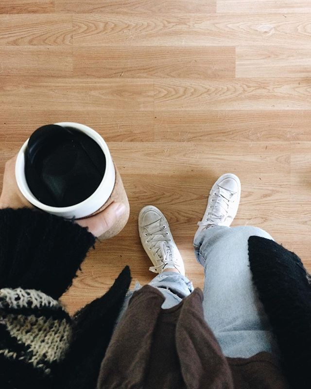 Always on the go, running towards the weekend. #itscoming ---- Thanks @notbru for the photo! #puresimplekind #corticacorkcoffeemug  #corkcoffeemug