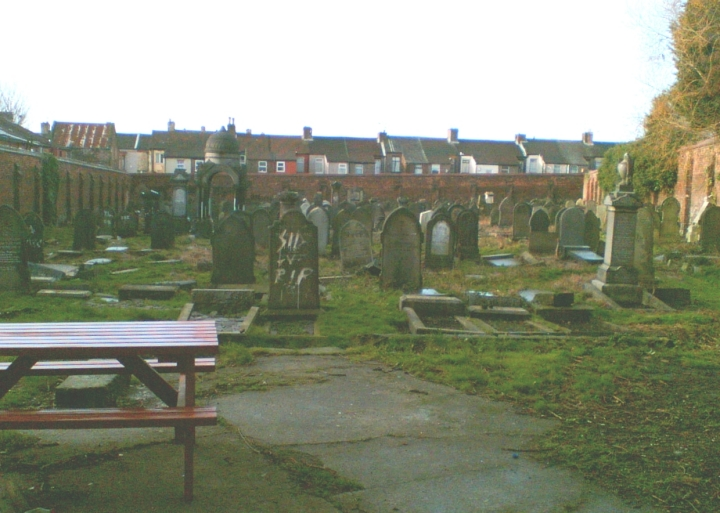 This is what the cemetery looked like at the end of 2006, since the Probation Service involvement began