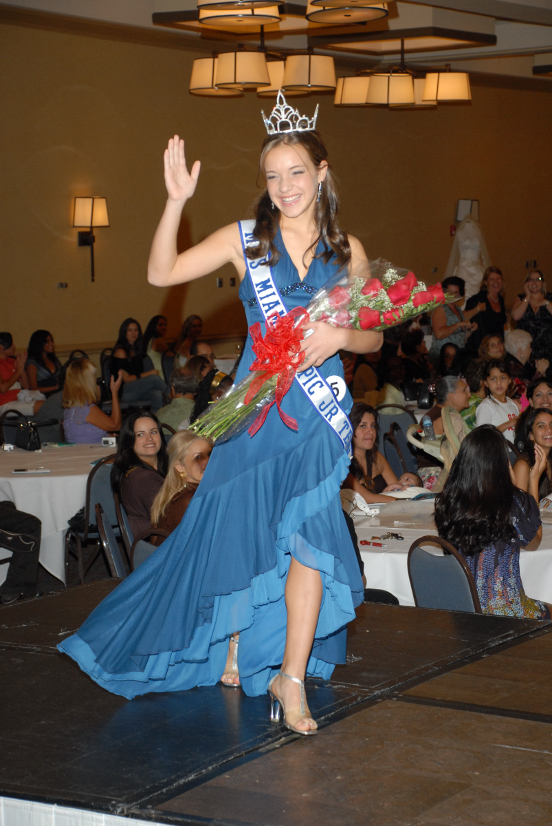 Kristen Sabina    Miss Miami Tropic Jr. Teen 2007