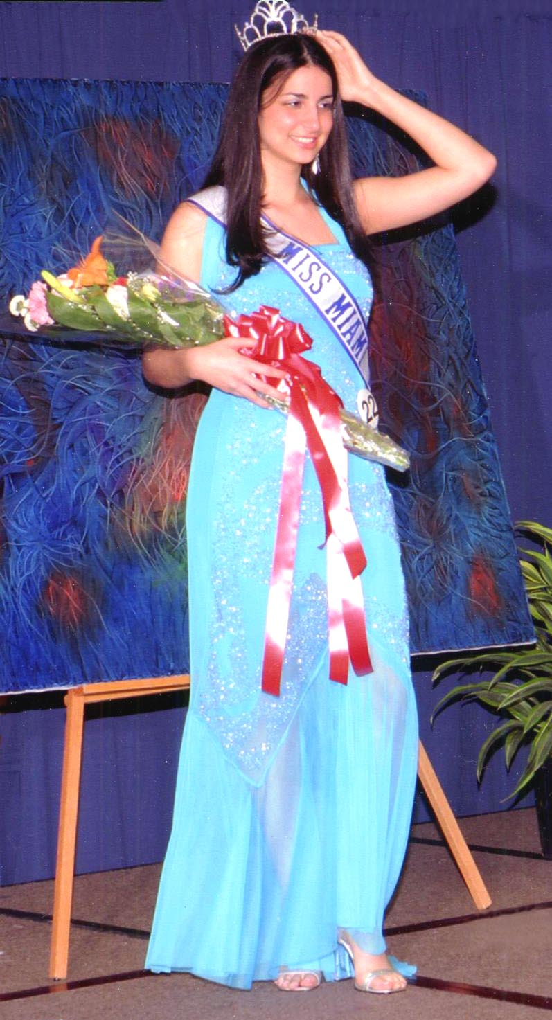 Dania Perez    Miss Miami Tropic 2004