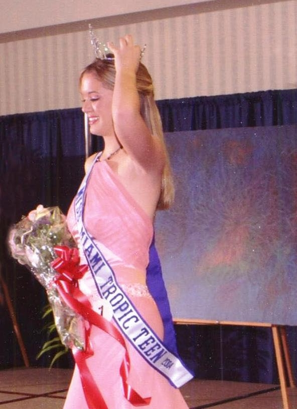 Charina Ferreira    Miss Miami Tropic Jr.Tenn 2004