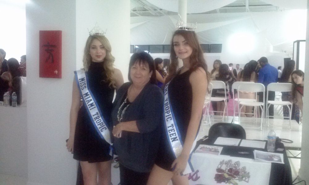 Miss Miami Tropic Queens Director & Director Miss Rose at DAMA Fashion Show.