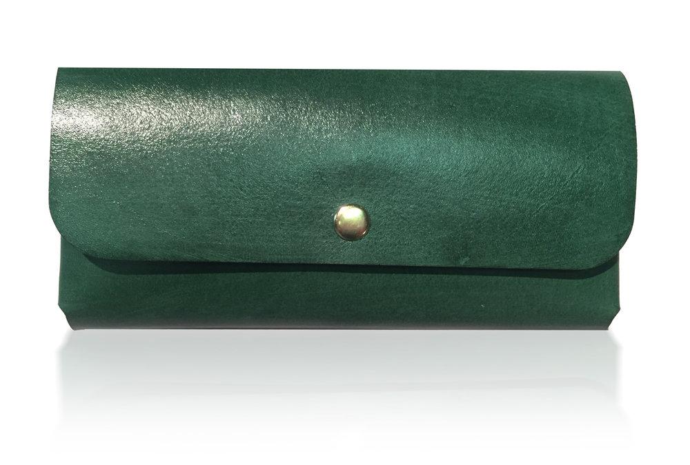 Suz Wallet LETHRBAR.jpg