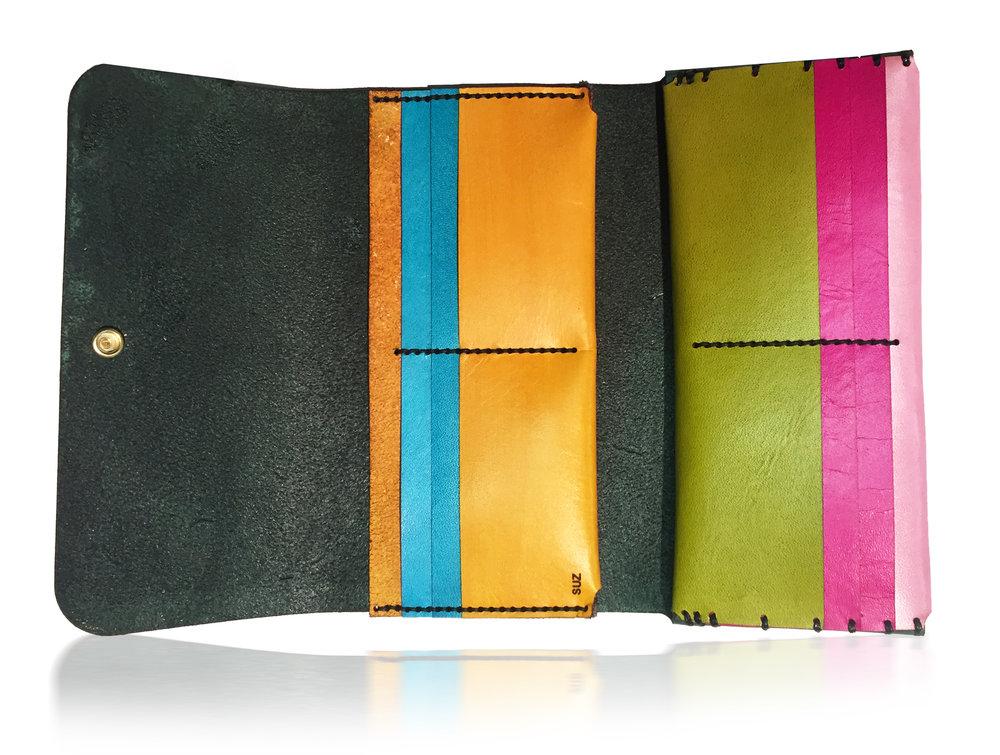 Suz Wallet LETHRBAR 2.jpg