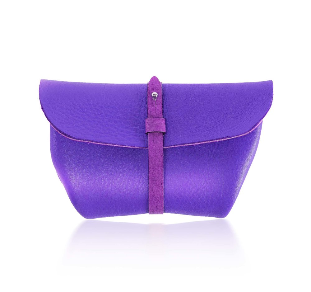 Clutchbar Leather Purse.jpg
