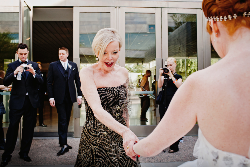 Phoenix_Art_Museum_Wedding-06.JPG