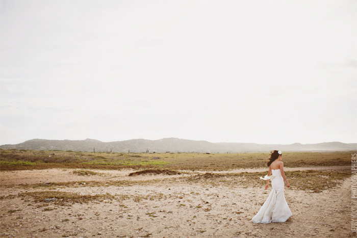 Aruba_Destination_Wedding_Portraits-09.JPG