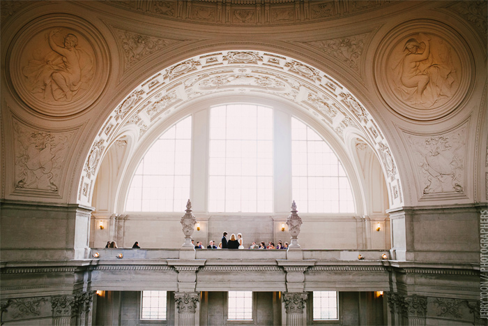 City_Hall_Wedding_Cable_Car_San_Francisco_Golden_Gate_Bridge_Wedding-06.JPG