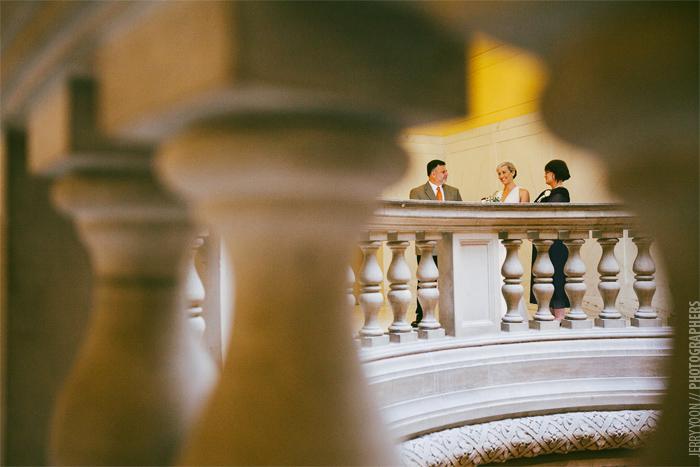 City_Hall_Wedding_Cable_Car_San_Francisco_Golden_Gate_Bridge_Wedding-03.JPG