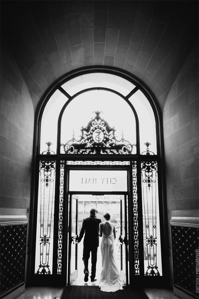 City_Hall_Wedding_Cable_Car_San_Francisco_Golden_Gate_Bridge_Wedding-10.JPG