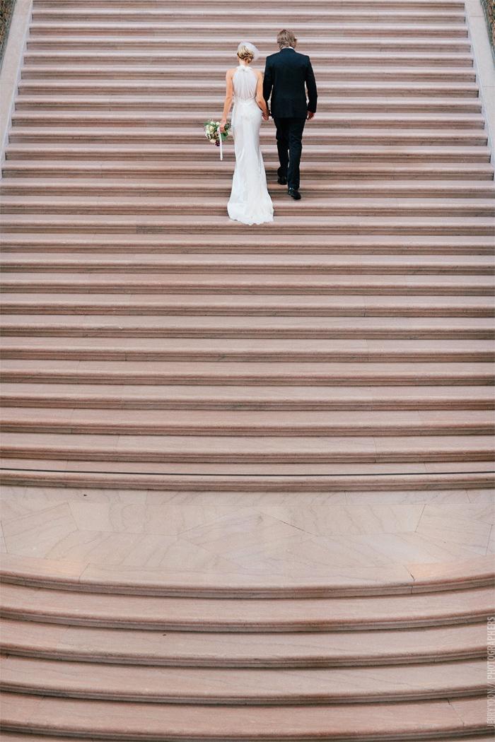 City_Hall_Wedding_Cable_Car_San_Francisco_Golden_Gate_Bridge_Wedding-02.JPG