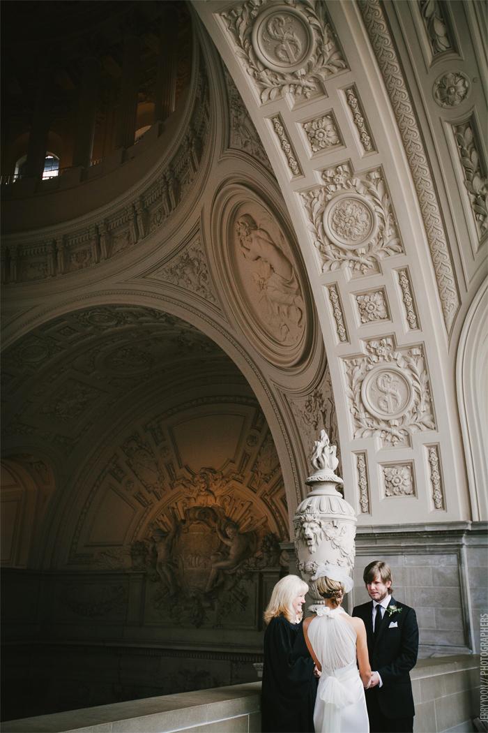 City_Hall_Wedding_Cable_Car_San_Francisco_Golden_Gate_Bridge_Wedding-05.JPG