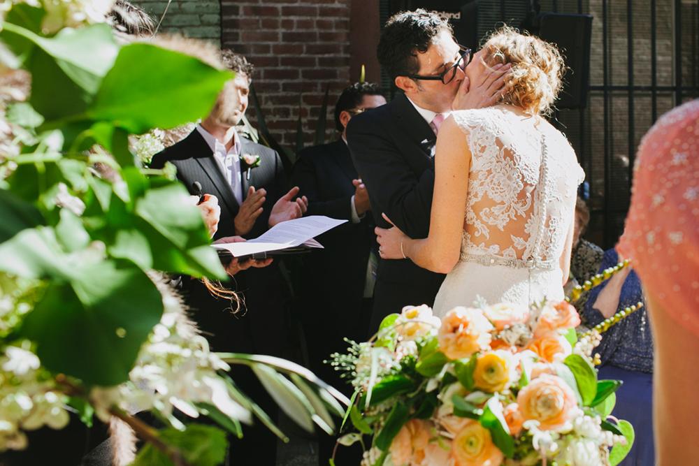 cigar-bar-san-francisco-wedding-alley-urban-31.jpg