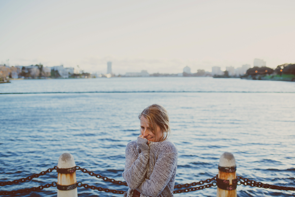 Lake-merritt-grand-lake-theater-engagement-session-oakland-20.JPG