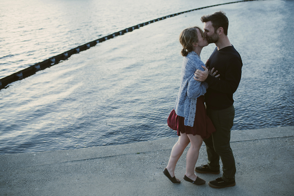 Lake-merritt-grand-lake-theater-engagement-session-oakland-23.JPG