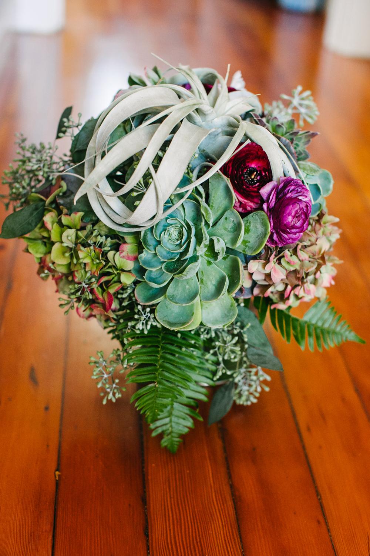 UC-Botanical-Garden-Mather-Redwood-Grove-Wedding-Details-04.JPG