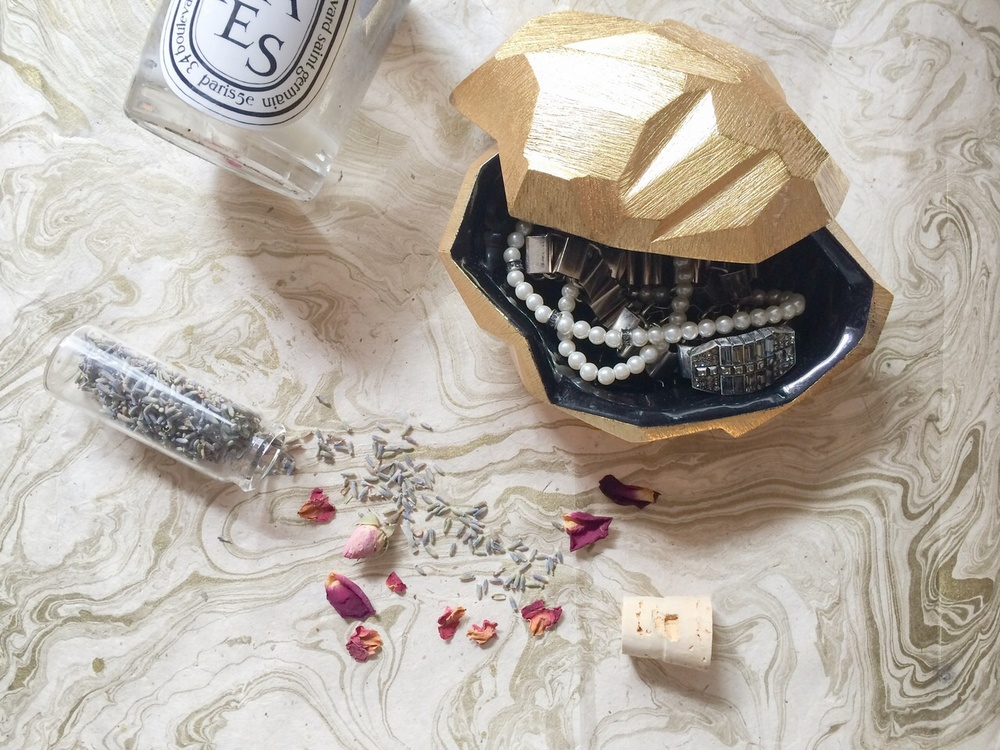 4 Other Ways to Store Jewelry
