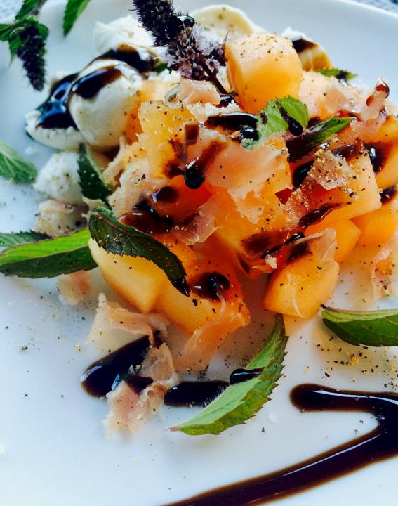 Mozzarella_Melon_Salad_web.jpg