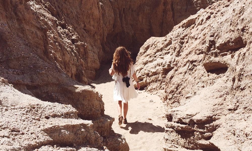 desertwalkaway.jpg