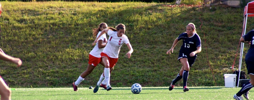 #1, Lindsay Tuten, takes off after the ball.