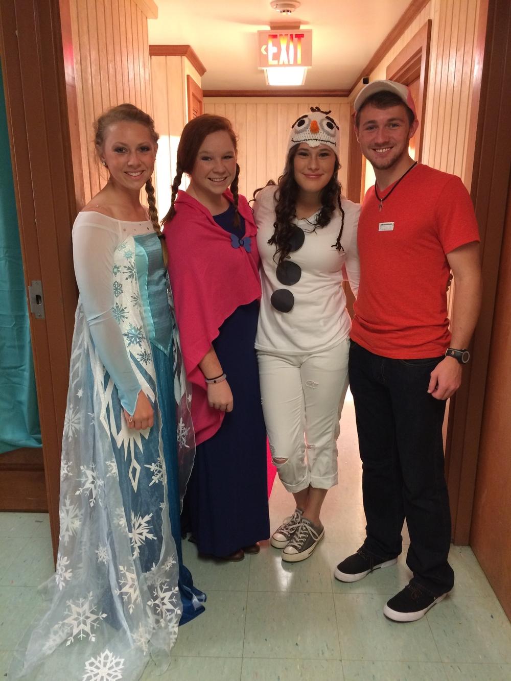 Landon A. Toney, Emily Brown, Carson Parnell and Jessi Varner enjoyed open dorm night together.