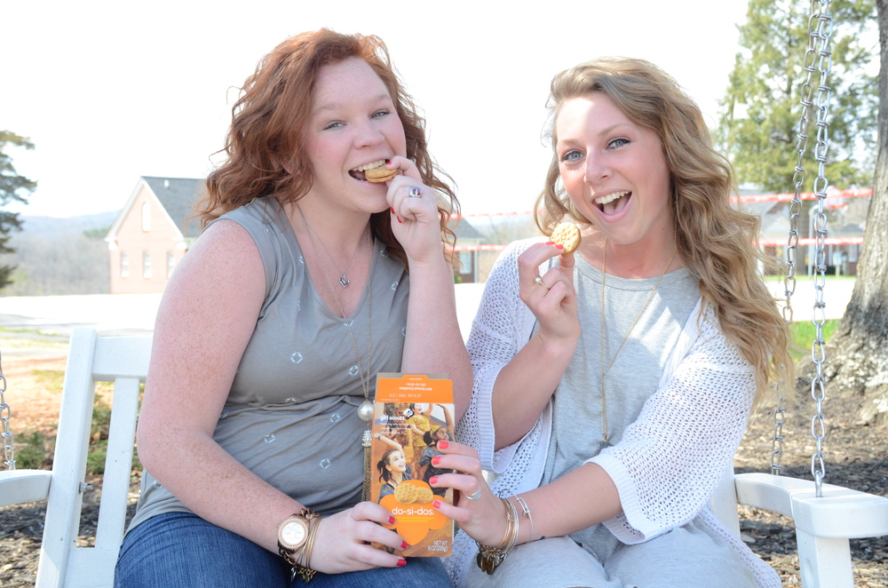 Carson Parnell and Jessi Varner cannot hang out without eating Girl Scout cookies.
