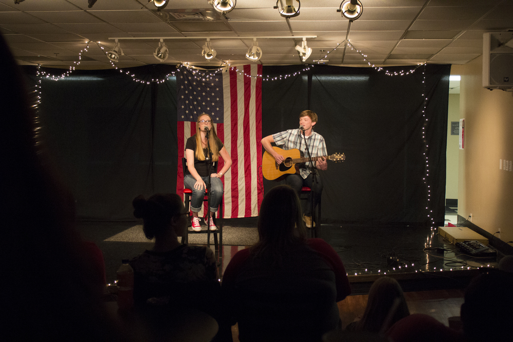 """Siblings Hudson and Carole Anne Tankersley sing a duet of one of Ed Sheeran's songs from one of his first albums. Their rendition of """"Lego House"""" brought many reminiscent smiles from the audience, who joined in singing."""