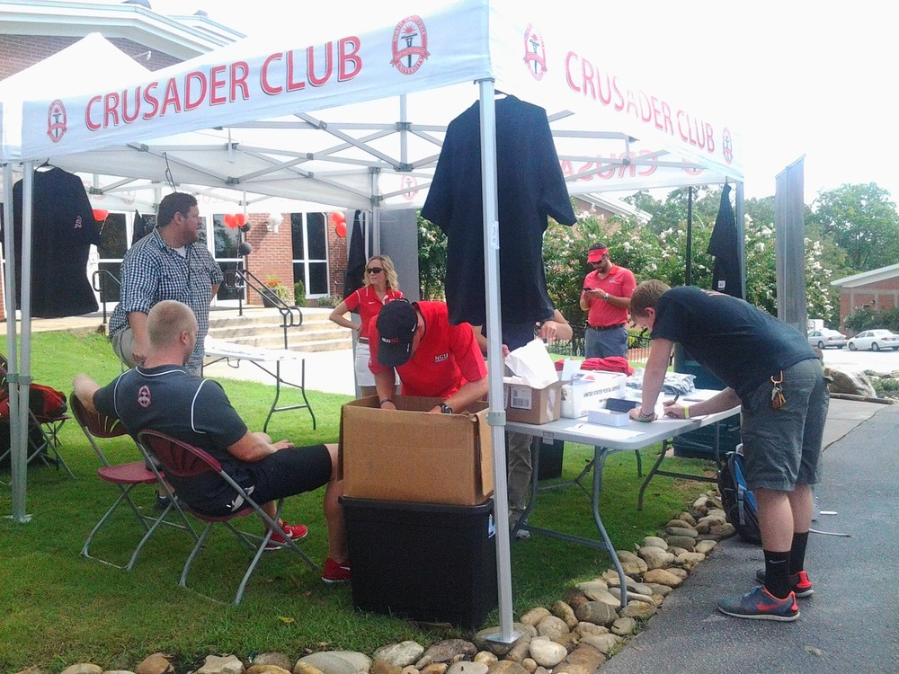 The Crusader Club encouraged students to sign up for club membership. Photo credit: Carrie Henderson