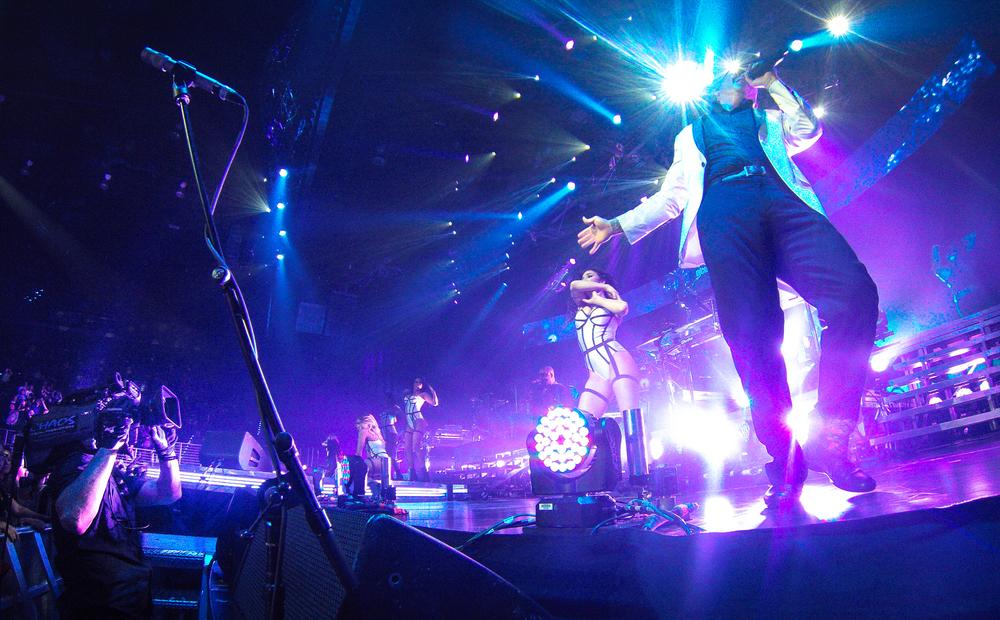 Baigmoradi Visual provided camera and LED Technicians for the Enrique/Pitbull Sex & Love Tour. 2014.