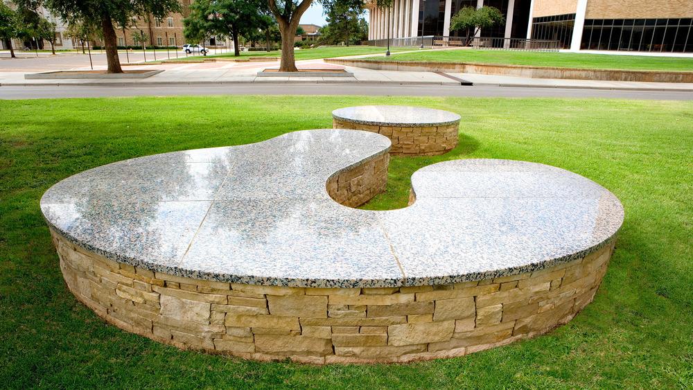Grygutis_Universal-Signs_Lubbock-Texas_001.jpg