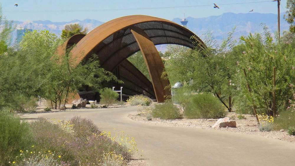 Grygutis_Flamingo-Arroyo-Las-Vegas-Nevada_12.jpg