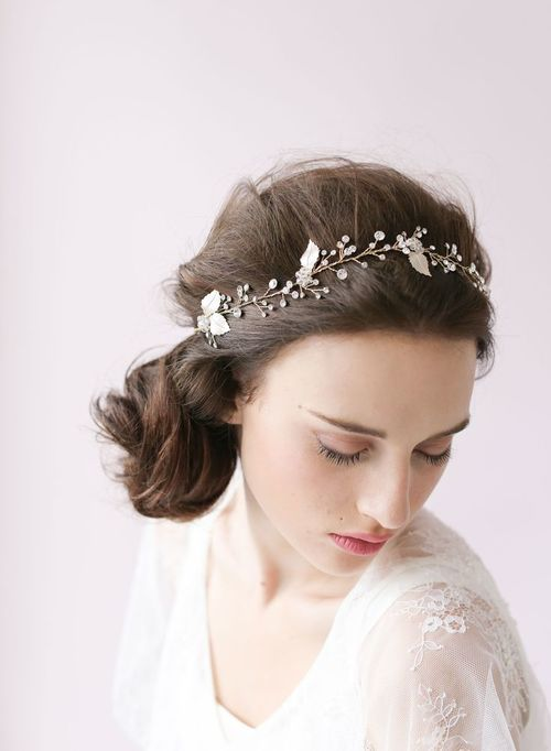 Twigs & Honey - The handmade and delicate designs of T&H are not created to follow trends but rather to create pieces that are original, beautiful, and wearable. Based out of the Pacific Northwest, these veils and hair adornments are the perfect addition to your wedding day style.