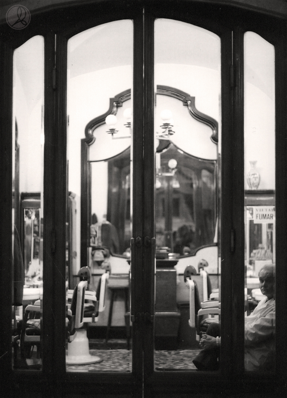 The Bored Barber - Rome 2004