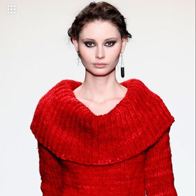 Literally no filter needed!  Model maria rocking @cutelikemad red knit sweater w @maccimizenyc asymmetrical earrings! @nolchashows #nofilter #maximizeyourstyle #nyfw #nyfw16