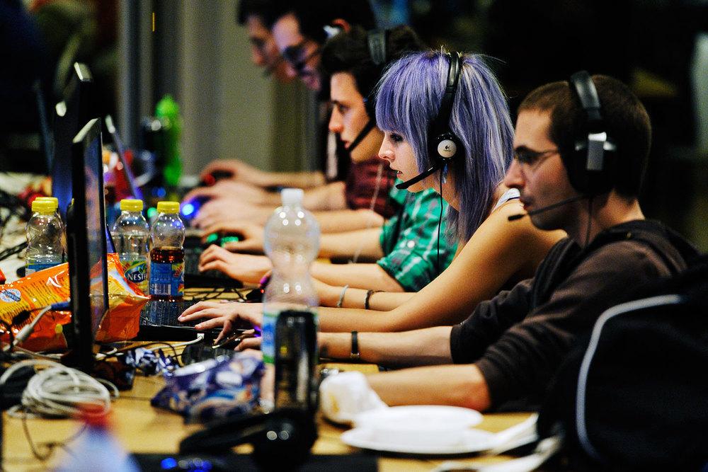 Championnat suisse de jeux vidéos, Renens, Suisse, 23 octobre 2013.