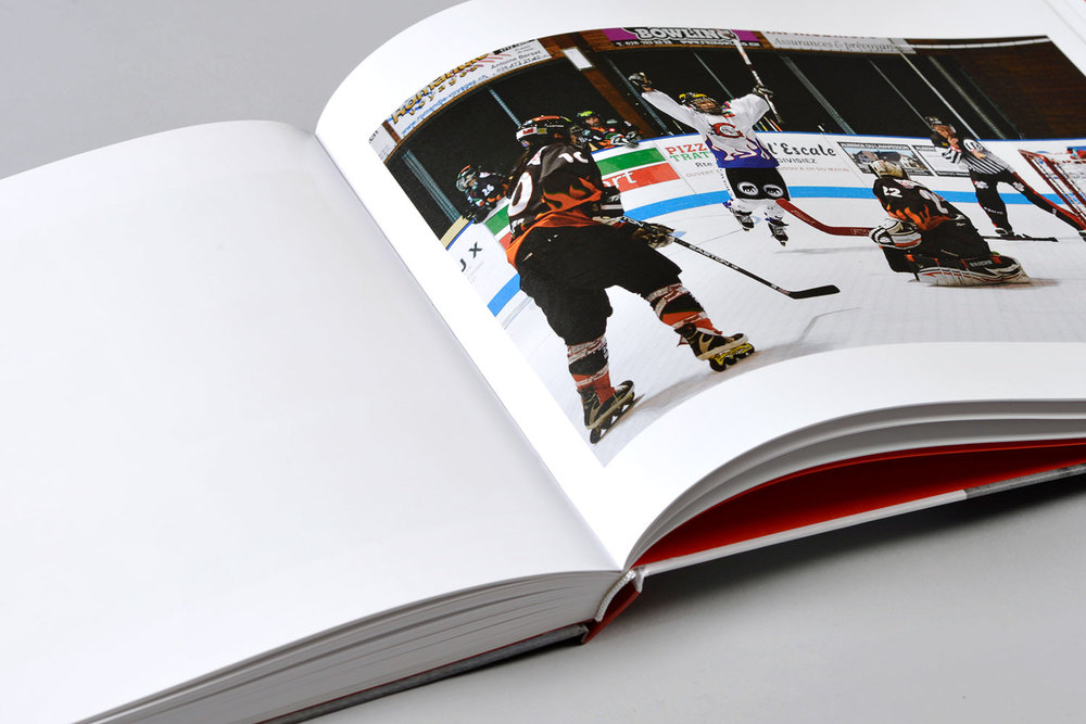 Inline Skater Hockey Copyright Bertrand Cottet