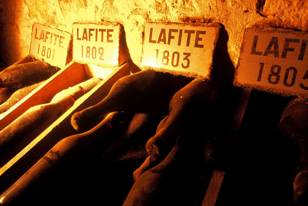 Lafite-various-old-bottles.jpg