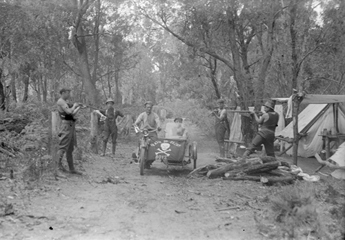 Let us all enjoy the larks the Death and Glory Boys were having at New Years in 1914 at Snobs Creek. Probably their bike doesn't have a crank vent but nevermind.  Death or Glory Boys' at Snobs Creek New Year shooting party camp site,  glass plate negative by Lindsay G. Cumming, ca December 1914. Lindsay G. Cumming Collection, State Library of Victoria, H2005.88/442.