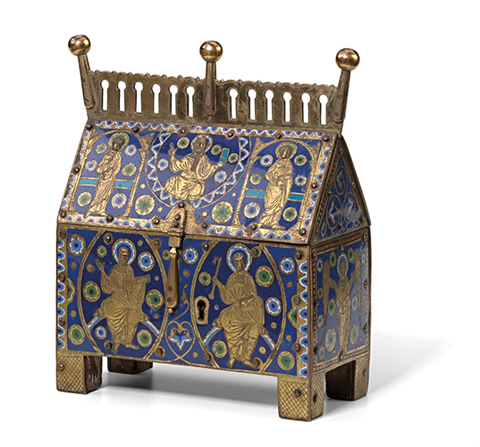 Figure 1: France, Limoges. Reliquary casket, c1200. Enamel (champlevé) on copper, gilt-copper, wood. National Gallery of Victoria, Melbourne. Felton Bequest, 1936, catalogue number 3650-D3. The casket measures 24.2 (h) × 22.3 (w) × 11.3 (d) cm. Image kindly provided by the National Gallery of Victoria.