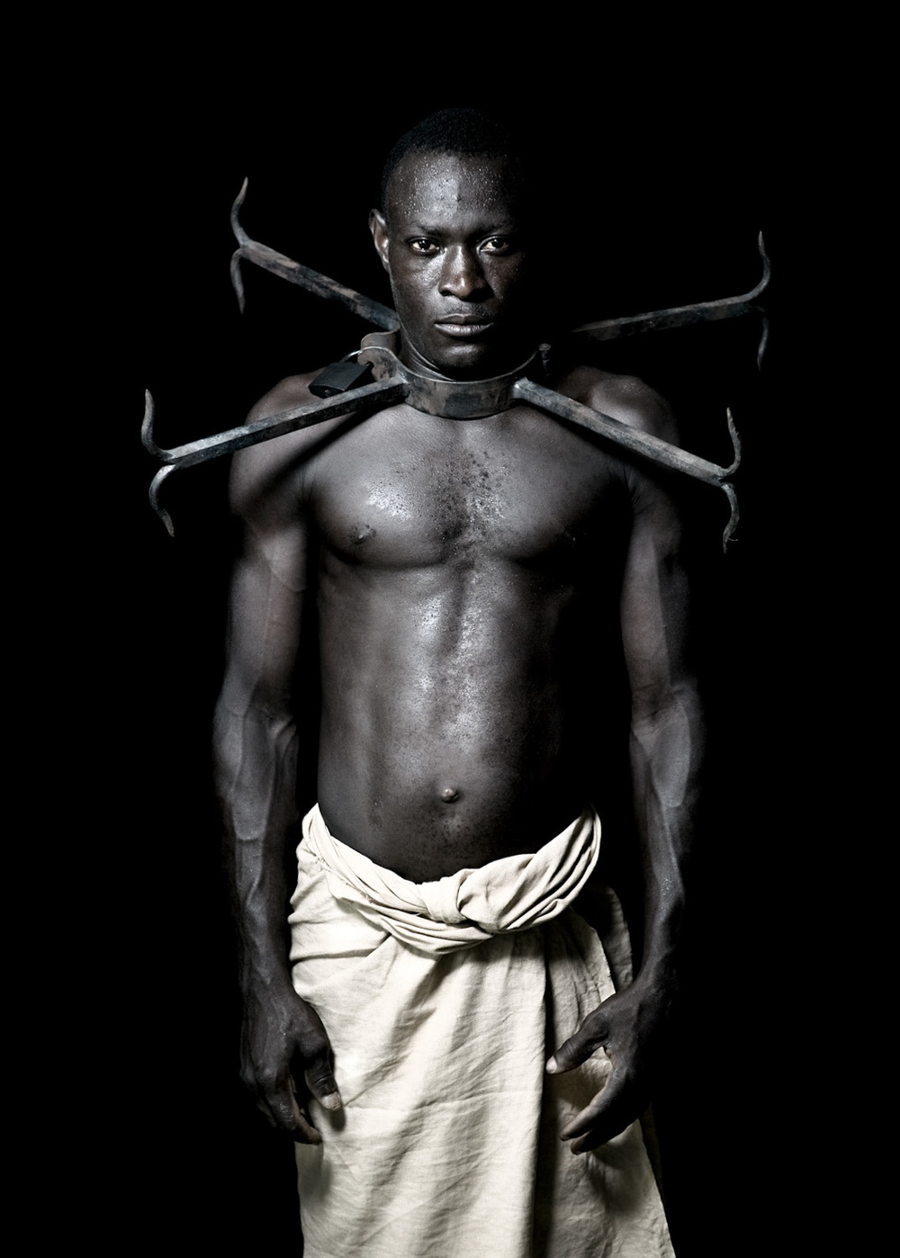 African Photography Network Fabrice Monteiro6.jpg