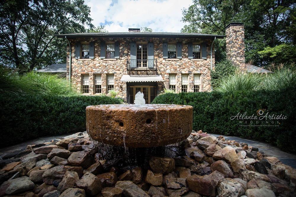 Houston Mill House at Emory University by Wedding Photographer www.atlantaartisticweddings.com