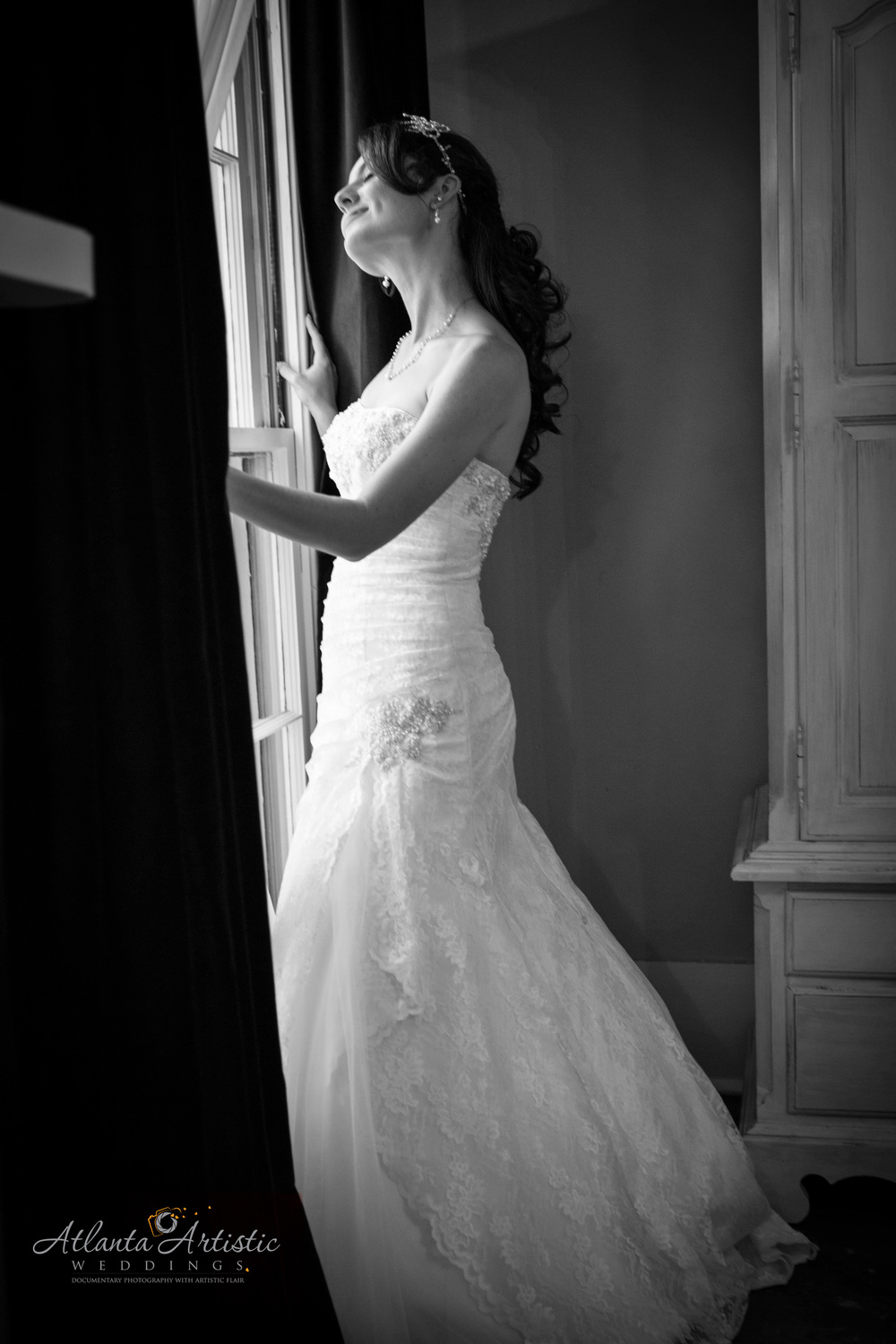 Classic Black and White Wedding Photography Using Natural Light