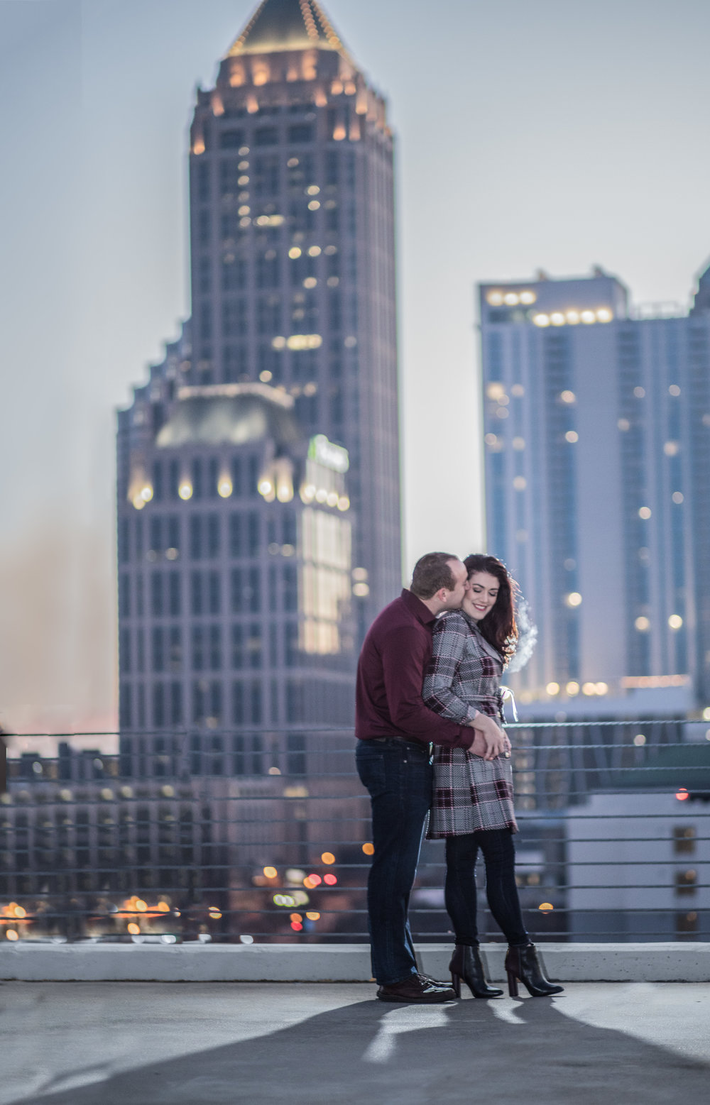 Atlanta wedding photographers capture the Atlanta Skyline