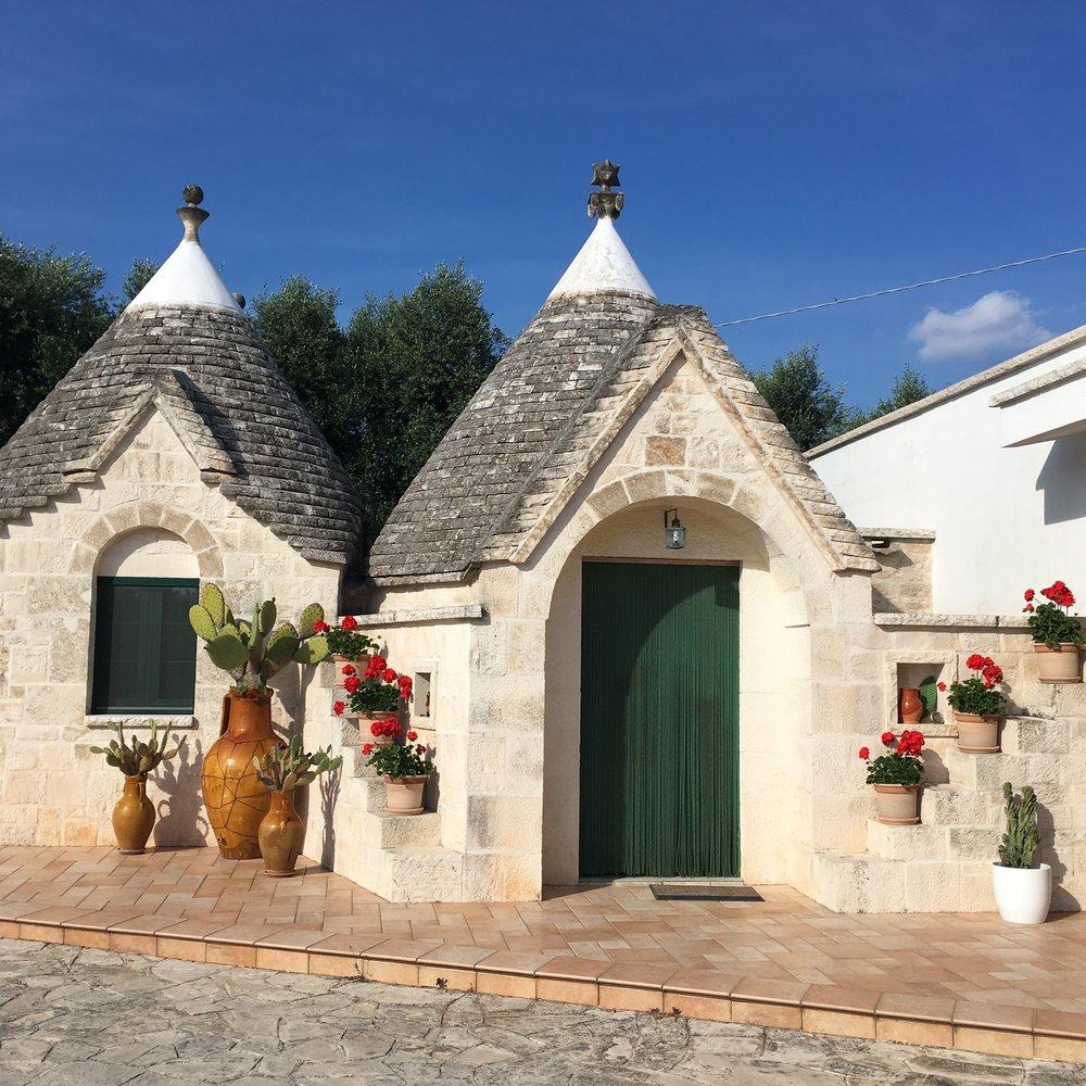 La Dolce Vigna_Puglia Wine Tour_Trulli