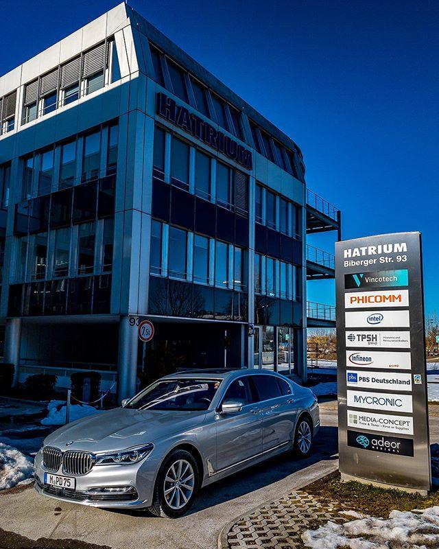 Working @mycronic #Working #Chauffeur #DaetzService #InstaWork #MyCronic #bmw750ldxdrive #Neubiberg #Unterhaching #Infineon #Work #Limousine #Chauffeurservice #instatravel #Business #Businesstravel #VIP #CEO #